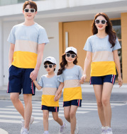 Fashion Striped Family Matching Outfits 2021 Summer Casual T Shirt Shorts Sets Couples Parentage Pajamas Holiday Outdoor Suits