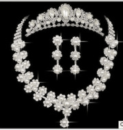 [factory sales] supply Rhinestone studded pearl bridal jewelry wholesale diamond necklace, earrings set