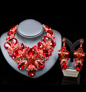 Amazon fast sell boutique source, Europe and the United States colorful glass diamond exaggerated bride Necklace Earrings Set
