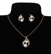 Europe and the United States foreign trade exquisite package with bridal jewelry set pearl water drop two Pearl Necklace Set