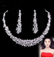 Bridal jewelry, Bridal Necklace, bridal chain earrings, two sets of headdress yarn, wedding market manufacturers wholesale production