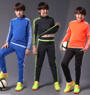 Autumn and winter adult children's football suit long sleeved men plate football Hoody winter football clothes custom