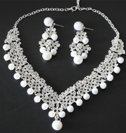 The supply of popular new bride jewelry alloy Pearl Necklace Sets set chain necklace selling Taobao Europe