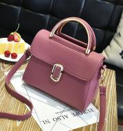 2021 new embossed bags fashion handbag bag letter Xiekua package on behalf of a