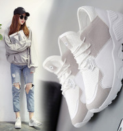 The new spring and summer 2021 Korean students sports shoes running shoes casual shoes breathable mesh all-match flat shoes