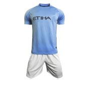 17-18 Manchester soccer uniform for  teams , home and field uniforms, customized short sleeved football training clothes, a wholesale