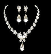 The bride jewelry pendant necklace wholesale Korean diamond alloy jewelry set our foreign trade