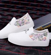 Lace floral sandals