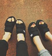 Slippers for women in summer
