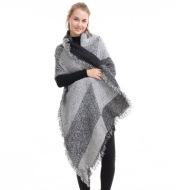 Beveled cashmere shawl