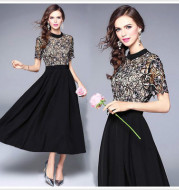 The same high-end lace short sleeve