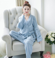 Spring and summer months clothes thin section three sets of postpartum pregnant women feeding breastfeeding clothes pajamas spring and summer