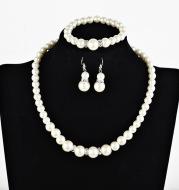 White Pearl Necklace Earring Bracelet