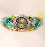 Fashion ladies bracelet watch
