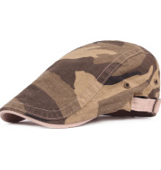 Men's casual beret goes with camouflage cap
