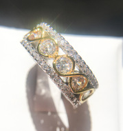 2021 cross-border exclusively for European and American handicrafts. Gold-plated color separation micro-inlaid zircon ring