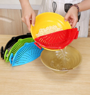 Silicone Clip-on Pot Pan Bowl Funnel Oil Strainer Creative Rice Washing Colander for Draining Liquid Fits All Pot Size