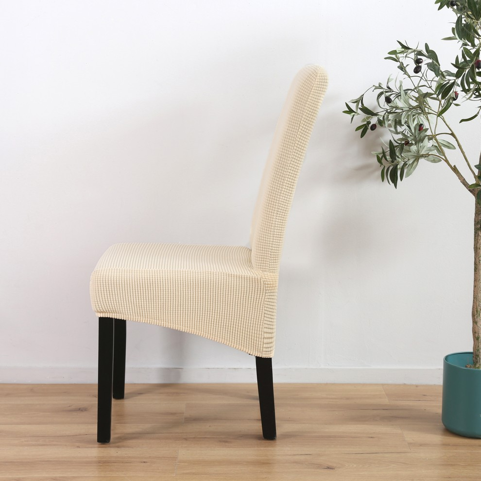 Large slanting knit padded chair cover