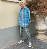 Retro street sky blue shirt
