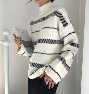 Retro sweater turtleneck striped sweater