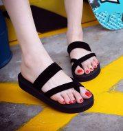 Women's slip-on sandals