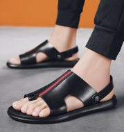 Summer casual breathable male leather sandals