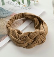 Knitted Chinese knot hair band