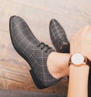 Breathable casual checked leather shoes