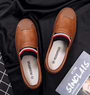 Pedal leather with soft sole driving shoes