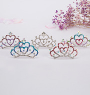 Children's hair comb with diamond crown
