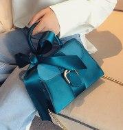 Bow crossbody bag