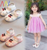 Girl baby girl sandals