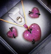 Heart-shaped earring pendant set