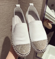 New round head rhinestone flat shoes