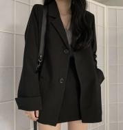 Black lapel loose blazer skirt