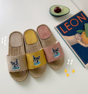 Printed straw slippers