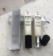 Oil control primer before makeup