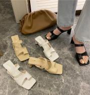High-heeled chunky heel sandals