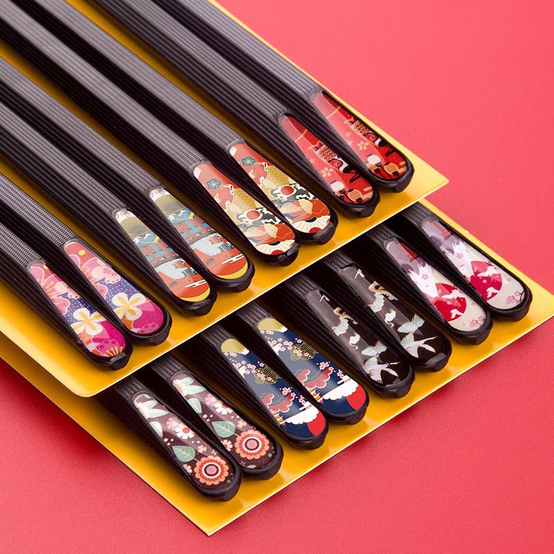 Foto Palillos Japoneses metálicos, pack 5 pares, disponibles en diferentes diseños.