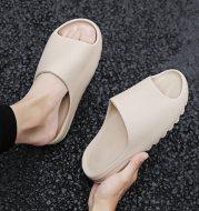 Outdoor summer flip-flop beach slippers