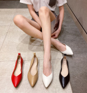 Ladies spring pointed flat shoes