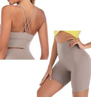 Women's yoga outfit