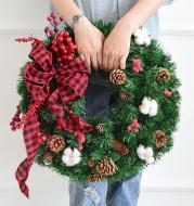 Pine Artificial Christmas Wreath Home Shopping Mall Window Door Decoration Rattan Hanging Christmas Wreath Decorations