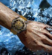 Popular Rhinestone Hollow Mesh Belt Mechanical Watch