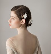 Exquisite And Beautiful Flower Bridal Headdress