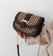 Fashion Chain Crossbody Bag All-Match Ins Woolen Saddle Bag