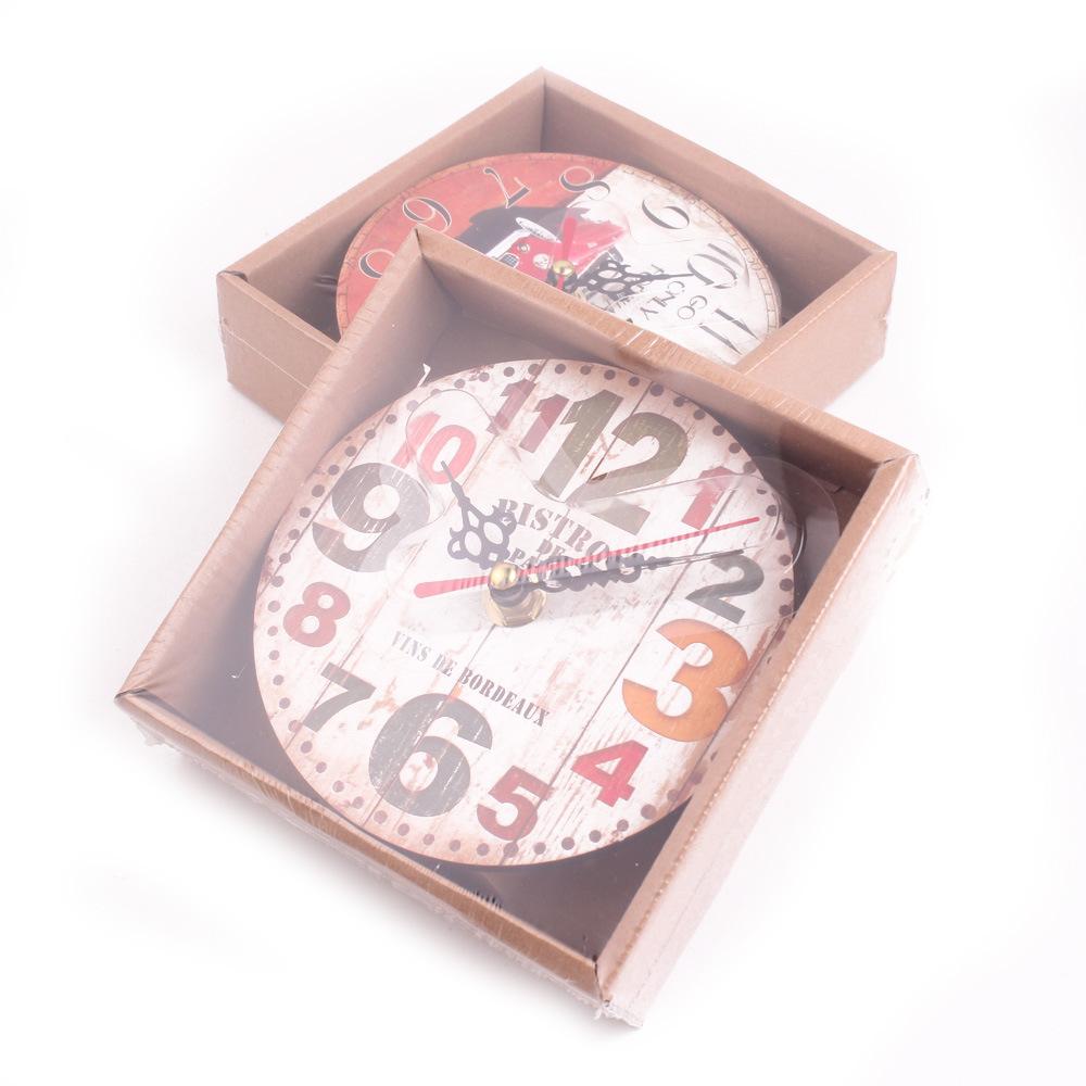 Creative Retro Wall Clock in 3 Variants