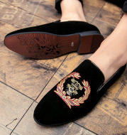 Embroidered Men's Single Shoe Cover Foot Lazy Breathable All-match Small Leather Shoes