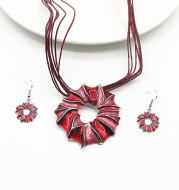 Geometric Short Necklace Earrings Set