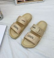 Fashion Women's Flat Sandals And Slippers